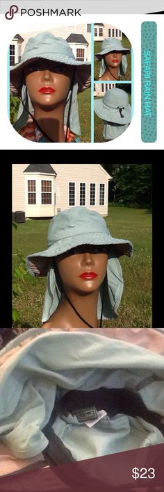 Green Safari Rain hat Very nice rain hat. Has back drop that can be let down from the back can also be used as a sun hat has tie that can be altered. Let out or can be drawn tighter L.L. Bean Accessories Hats