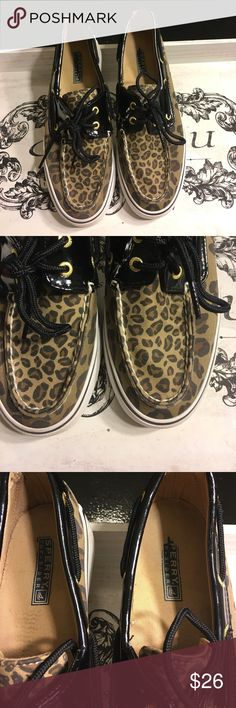 Speedy top-sides cheetah Used but in excellent condition! See photos for minor scuffs. Size 8 Sperry Top-Sider Shoes Sneakers