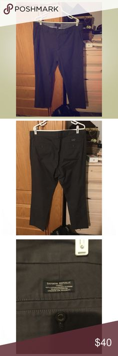 Emerson Chino Banana Republic Pants 36x34 This is a pair of charcoal gray Emerson Chino size 36x34 pants by Banana Republic. These were worn once for only 4 hours so they are basically new! Banana Republic Pants Chinos & Khakis