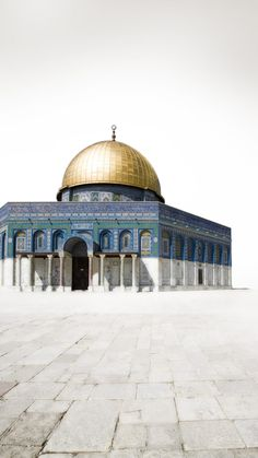 Wallpaper Moslem High Resolution 1080 x 1920 HD for iPhone & Android Palestine Art, Rare Historical Photos, Dome Of The Rock, Islamic Posters, Islamic Quotes Wallpaper, Beautiful Mosques, Islamic Architecture, Islamic Pictures, Watercolor Cards