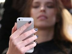 Loud music on smartphone can trigger hearing loss http://www.ziddu.com/show/21899/technology/loud-music-on-smartphone-can-trigger-hearing-loss