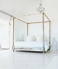 女性なら一度は憧れる!ロマンティックな天蓋付きベッド52 の画像|賃貸マンションで海外インテリア風を目指すDIY・ハンドメイドブログ<paulballe ポールボール>