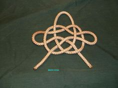Mast Knot (also used to carry Cannonballs)