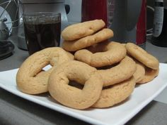 עוגות מרוקאיות: קבלו מתכון להכנה פשוטה ומהירה של עוגיות מרוקאיות, קלאסיות ופשוטות שרק מחכות שתטבלו אותן כבר