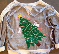 By making the Crazy Cat Lady Ugly Christmas Sweater, we have no doubt that you will win the ugly sweater contest. For the best ugly Christmas sweater ideas, look at this easy tutorial and you will see how easy it is to make an ugly sweater. Reindeer Ugly Sweater, Best Ugly Christmas Sweater, Ugly Sweater Party, Christmas Jumpers, Sweater Set, Tacky Christmas Party, Christmas Crafts, Christmas Time, Merry Christmas