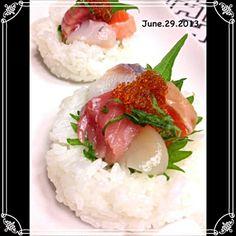 酢飯をうつわにして、お刺身のせてミニ海鮮丼??…(笑) - 71件のもぐもぐ - 酢飯でうつわ〜お寿司?海鮮丼⁈ by soracafe