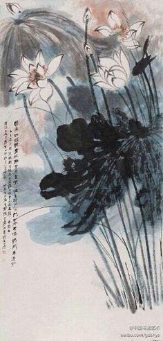 【 张大千 1943年作《荷花图》 】 张大千画荷是中国画史上的佳话。荷花关系着荷的神韵,其创作的荷是明艳中现拙厚,清新中见精神。