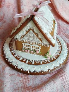 Sweetheart Gingerbread Cottage lots of lace, created by Teri Pringle Wood, posted on Cookie Connection Christmas Gingerbread House, Gingerbread Man, Gingerbread Cookies, Christmas Cookies, Pink Christmas, Christmas Baking, Christmas Time, Holiday, Summer Cookies
