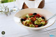 Η εύφορη ελληνική γη γεμίζει ακατάπαυστα τα πιάτα μας με τα πολύχρωμα λαχανικά της!