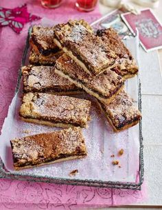 Rustle up these moreish mincemeat, pecan and cinnamon crumble bars for your next Christmas get together