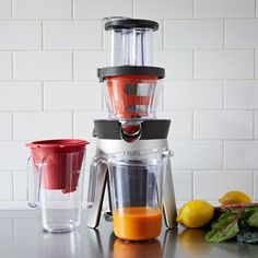 Breakthrough technology produces more juice and drier pulp while its compact design makes it easy to clean and store when you're finished.