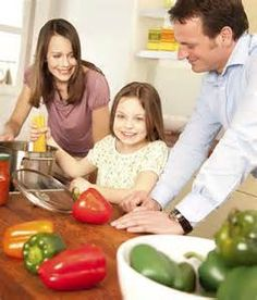Are you the only one on a diet in your family? Learn what other dieters do to help with this!