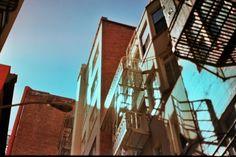 The back alley Comfy Bed, Hostel, Shots, Fair Grounds, Photography, Travel, Photograph, Viajes, Fotografie