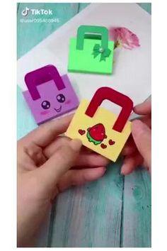 Diy Crafts Hacks, Diy Crafts For Gifts, Diy Crafts Videos, Creative Crafts, Fun Crafts, Paper Crafts Origami, Paper Crafts For Kids, Origami Art, Preschool Crafts