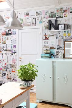 Pretty whimsical and original decorating with the walls. Plus the white makes it still look clean and frsh