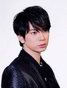 Matsumoto with black hair is love. :)