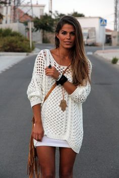 "Crochet sweater for cool nights ""I have similar, will wear with white jeans."", ""white skirt with a crochet sweater; would be perfect for these cleveland Crochet Blouse, Knit Crochet, Crochet Sweaters, Crochet Tops, Crochet Gifts, Women's Sweaters, Knit Dress, Mode Hippie, Hippie Look"
