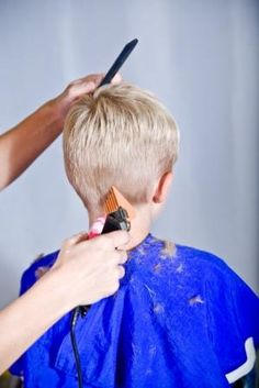 little boys haircuts - Yahoo Image Search Results Cute Boys Haircuts, Childrens Haircuts, Toddler Haircuts, Little Boy Hairstyles, Haircuts For Men, Girl Hairstyles, Kids Cuts, Boy Cuts, Little Boy Fashion