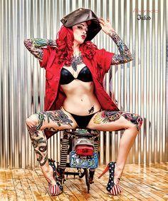 Sexy Tattooed Women #inked #inkedgirls #america #sexy #tattooed #tattoo #model