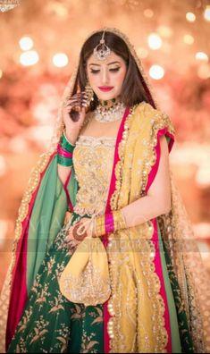 Walima Dress, Mehndi Dress, Pakistani Dresses, Bridal Dresses, Girls Dresses, Bridal Makeover, Mehndi Brides, Pakistani Bridal, Ethnic Fashion