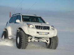 Toyota Land Cruiser Prado : La otra cara del Off Road Islandés  + un poco de hielo para estos días de calor ...! | solo4x4