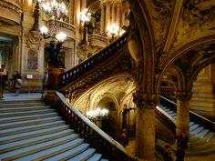 Um dos meus lugares favoritos em Paris. Os ingressos já estão a venda! Saiba mais em www.ohlaladani.com.br