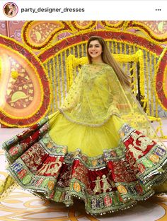 Latest Collection of Lehenga Choli Designs in the gallery. Lehenga Designs from India's Top Online Shopping Sites. Mehendi Outfits, Indian Bridal Outfits, Pakistani Bridal Dresses, Indian Designer Outfits, Eid Outfits, Indian Lehenga, Lehenga Choli, Saree, Designer Bridal Lehenga