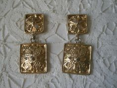 Vintage Gold Tone Double Square Shield Dangling Earrings