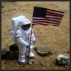 El astronauta libre Papercraft Descargar