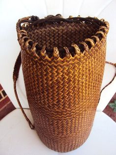 It would be cool to replicate this basket weave pattern onto a ceramic vase [Vintage Basket Backpack Tote Very Unusual by primitivepincushion]