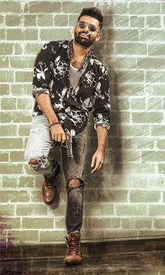 Energetic-Star-Ram,-director-Puri-Jagannadh's-'iSmart-Shankar'-Release-on-… - The Space Dj Songs List, Dj Mix Songs, Actor Picture, Actor Photo, Prabhas Actor, Puri Jagannadh, Ram Image, Allu Arjun Wallpapers, Telugu Movies Online
