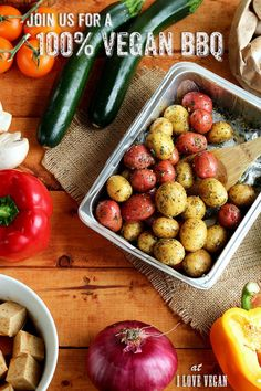 Grilled Veggie Kebabs with Creamer Potatoes & Tofu » I LOVE VEGAN Vegetable Kebabs, Veggie Skewers, Vegetable Dishes, Delicious Vegan Recipes, Vegetarian Recipes, Marinated Tofu, Vegetarian Barbecue, Vegan Lunches, Lentil Curry