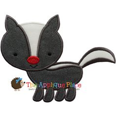 Skunk Machine Embroidery Applique Design by TheAppliquePlace