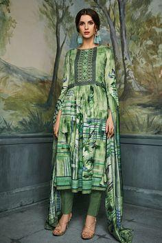 Pashmina Salwar Suit Shop Online in USA🇱🇷📲 www.pinkphulkari.com Salwar Kameez Online, Suit Shop, Getting Cozy, Green Fabric, Straight Cut, Winter Wear, Cut And Style, Salwar Suits, Winter Collection