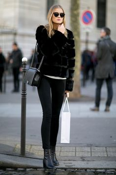 Street Style: Kate Grigoreva's All Black Outfit