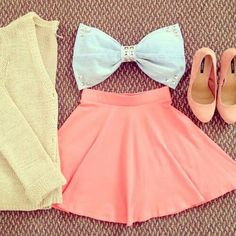 #fashion bows this outfit is so cute for those hot days
