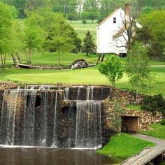 Photo of the Waterfall Hole, Meadows Farm Golf Club, Fredericksburg, Virginia