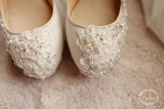 Pretty flower details of wedding shoes | Project by Rinathang Shoes http://www.bridestory.com/rinathang-shoes/projects/shoes-collection-10