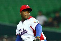8 pitchers cubanos que perdieron la vida repentinamente #JoseFernandez #muerte… http://www.cubanos.guru/pitchers-cubanos-perdieron-la-vida/