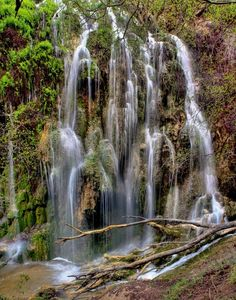 Gorman Falls, located in Colorado Bend State Park in Bend may quite possibly be the most beautiful waterfall I've ever seen, and not just in Texas. Hiking In Texas, Texas Roadtrip, Texas Travel, Travel Usa, Dallas Travel, Camping In Texas, Travel Logo, Voyage Au Texas, Viaje A Texas
