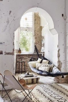 Old houses characterizes high ceilings. If your family members are not fans of this style furnishing you don't need all home to decorate in this way. You rustically handle only one room or a corner just for your soul and your rest, it will be enough.