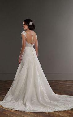 831 Vintage-style lace A-line wedding dress by Martina Liana Pretty Wedding  Dresses e69d98e397