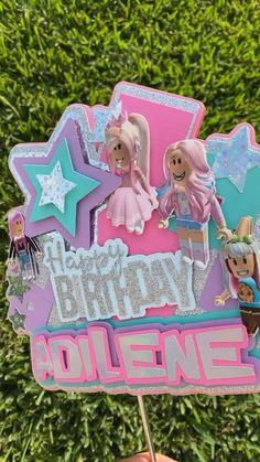 Roblox Birthday Cake, Roblox Cake, Birthday Cake Girls, Birthday Ideas, Birthday Parties, Girlie Style, Girl Cakes, Birthday Decorations, Cake Designs