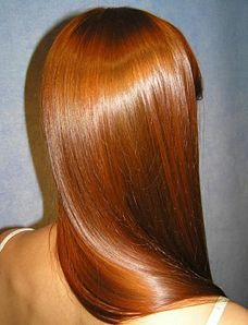 yes, its true, I secretly wish i was a redhead sometimes. esp if this were my hair- soo shiny and relective