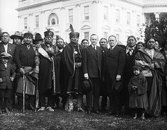 Reclaiming the legacy of the Osage Murders story is still elusive . Osage delegation meet with President Calvin Coolidge in 1924 Native American Regalia, Native American History, Osage Indians, Osage Nation, Calvin Coolidge, Lost City Of Z, John Calvin, True Crime Books, Black Presidents