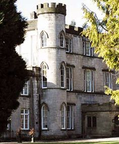 Stay In A Castle At Melville Near Edinburgh Scotland