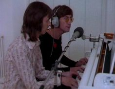 Nicky Hopkins with The Beatles at DuckDuckGo Nicky Hopkins, Piano Player, Piano Man, The Fab Four, Music Photo, Great British, John Lennon, The Beatles, Rock N Roll
