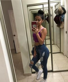 @baabyemmiillyy School Outfits, Outfits For Teens, Cute Outfits, Tween Fashion, Fashion Outfits, Womens Fashion, Fashion Fashion, Malu Trevejo Outfits, Girl Photo Poses