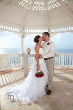 » Cozumel Palace wedding  | Mexico Wedding Photographer | Gazebo