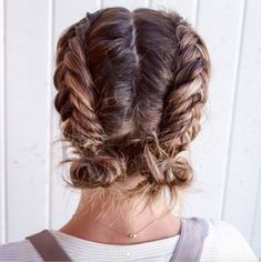 Double Dutch Fishtail Buns - Perfectly Imperfect Messy Braids for Short Hair - P. Double Dutch Fishtail Buns - Perfectly Imperfect Messy Braids for Short Hair - Photos Messy Braids, Braids For Short Hair, Cute Hairstyles For Short Hair, Pretty Hairstyles, Short Hair Cuts, Curly Hair Styles, Short Hair Braid Styles, Short Pixie, Short Braided Hairstyles